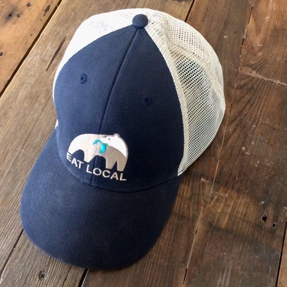 a56a015751 Patagonia Unisex Mesh Baseball Hat Eat Local. M 5b677892409c15224c974fe9